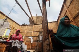 Angin puting beliung terjang Bener Meriah, jumlah rumah warga yang rusak bertambah