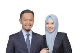 Agung-Sulastri, suami istri  dilantik jadi anggota DPRD Riau