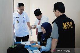 Empat anggota DPRD mangkir jalani tes narkoba