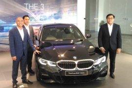 AII-New BMW Seri 3 diluncurkan di Bali
