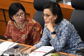 Ekonom Satria Sambijantoro proyeksikan defisit anggaran akhir 2019 sebesar 2,1 persen PDB