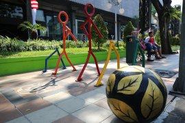 """Pemasangan """"bollard"""" di pedestrian Surabaya lindungi pejalan kaki"""