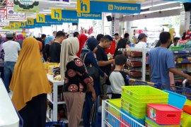 DPRD Ternate sahkan Perda Zona Penataan dan Izin Perdagangan