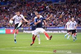 Mencemooh lagu kebangsaan Prancis saat kualifikasi Euro, Albania didenda