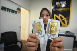 Harga emas Antam kembali naik jadi Rp819.000 per gram