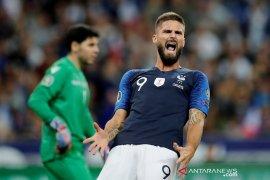 Nations League - Pelatin Prancis Deschamps desak Giroud tuntaskan persoalan demi timnas