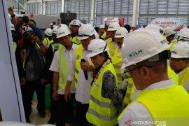 Menteri Rini dorong kemandirian BUMN manufaktur dalam pembuatan mesin (Video)