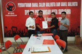 Anugrah Ariyadi optimistis dapat tiket Cawawali Surabaya dari PDI Perjuangan