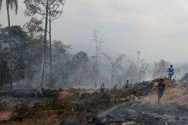 50 rumah Badui terbakar, puluhan warga mengungsi