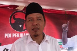 15 anggota FPDIP Surabaya tunduk dan patuh arahan partai soal penyusunan AKD