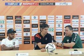 Pelatih Teco puji pertahanan Bhayangkara usai Bali ditahan imbang 0-0