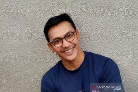 Lebaran di Singapura, Gunawan persiapkan diri jadi imam di rumah