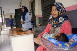 Hakim PN Tulungagung vonis empat tahun penjara ibu rumah tangga penjual narkoba