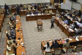 DPR setujui lima Capim KPK 2019-2023 melalui paripurna