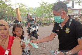 BNDHSS kerja sama PT SAM dan donatur lainnya bagikan ribuan masker gratis
