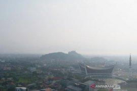 BMKG jelaskan penyebab suhu dingin di Kota Padang