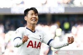 Son cetak dua gol, Tottenham hajar Crystal Palace 4-0
