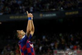 "Suarez ""supersub"", Barcelona bekuk Valencia 5-2"