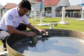 BMKG: Awal musim hujan wilayah Cirebon mundur 30 hari
