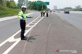 Kronologi kecelakaan Tol Jagorawi, APV terguling 50 meter dan tiga orang tewas