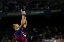 "Luis Suarez jadi ""supersub"", Barcelona bekuk Valencia 5-2"
