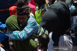 Kloter terakhir jamaah haji Debarkasi Surabaya datang