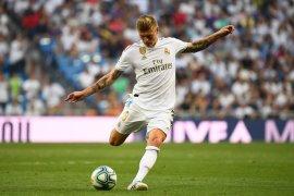 Nah Ini dia, Real Madrid ingin barter Toni Kroos dengan Paul Pogba