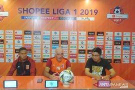 "Kemenangan Borneo Hadapi Madura ""bonus"" penalti menit akhir"