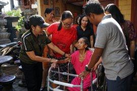 K3S Denpasar berikan alat bantu kesehatan penyandang disabilitas