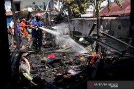 Kebakaran pasar Pabaeng-Baeng Page 2 Small