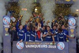Prancis tiadakan Piala Liga