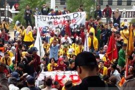 "Unjuk rasa mahasiswa ""save KPK"""