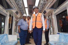 Kamboja berencana beli produk kereta PT Inka