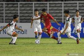 Indonesia di  posisi kedua dalam klasemen Grup G