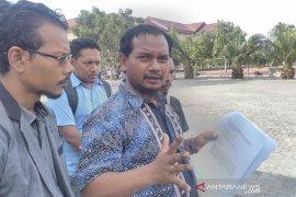 Gubernur Aceh Irwandi Yusuf dilaporkan ke polisi