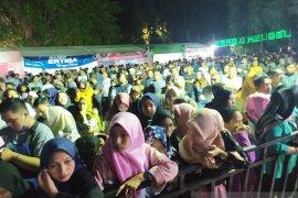 Ribuan warga antusias hadiri pembukaan Festival Danau Limboto 2019