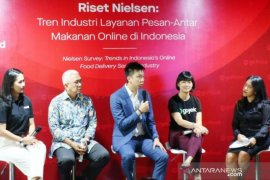 GoFood terus pimpin pasar layanan pesan-antar makanan di Indonesia