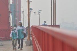 Kondisi kabut asap pagi di Palembang Page 4 Small