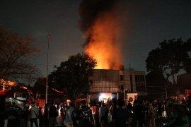 Usai kebakaran di Pesing, KRL Duri-Tangerang kembali beroperasi