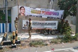 Spanduk Gibran memanaskan  Pilkada Surakarta