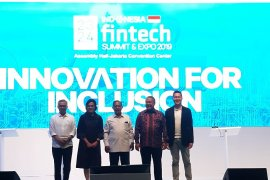 Menko Perekonomian buka Indonesia Fintech Summit and Expo