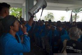 Dinilai melemahkan, ribuan mahasiswa se-Bintan tolak revisi UU KPK