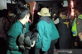 Dokter: Mahasiswa pingsan saat aksi di Bandung akibat perut kosong belum makan