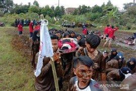 Ribuan anggota PMR dilatih siaga bencana dan pertolongan pertama
