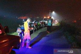 TKTD SAM dan puluhan BPK, TNI dan Polri padamkan api yang hampir membakar MTsN Babaussalam