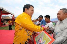 Gubernur Arinal Sosialisasikan Kartu Petani Berjaya Pada Temu Tani di Lampung Barat