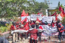 IMM Bangkalan aksi damai dukung penguatan lembaga KPK