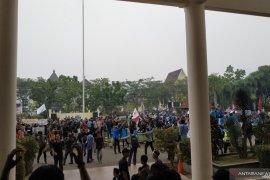Ribuan mahasiswa Kalimantan Barat unjuk rasa tolak RUU KUHP dan KPK