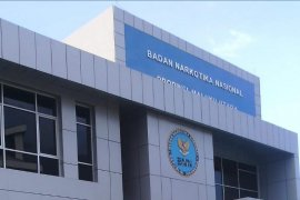 Tujuh calon Sekda Malut menjalani tes urine