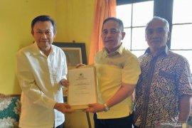Harun Nurasid pendaftar pertama Balon Bupati HST di Partai Golkar
